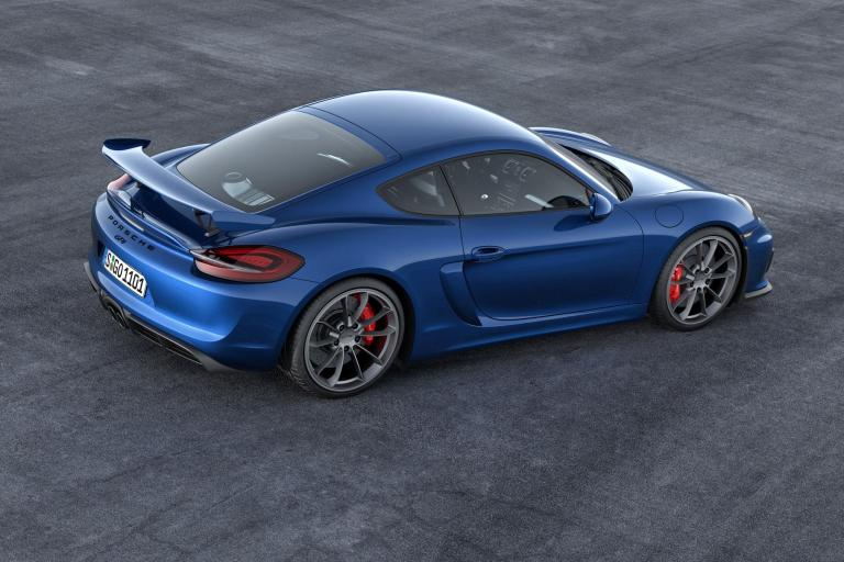 954466_Embargo_23_00_01_3_February_2015_Cayman_GT4_rear_three_quarter