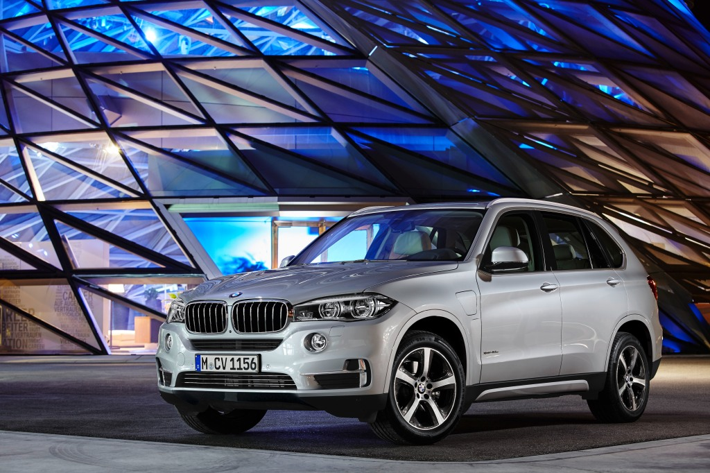 The new BMW X5 xDrive40e-64476