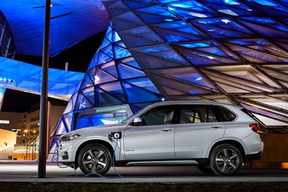 The new BMW X5 xDrive40e. On location BMW Welt.-64466
