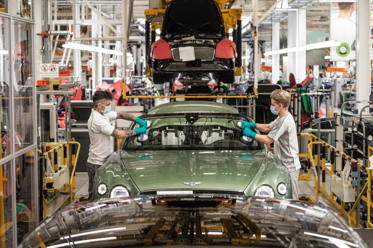 Social media is more important than ever for the automotiveindustry