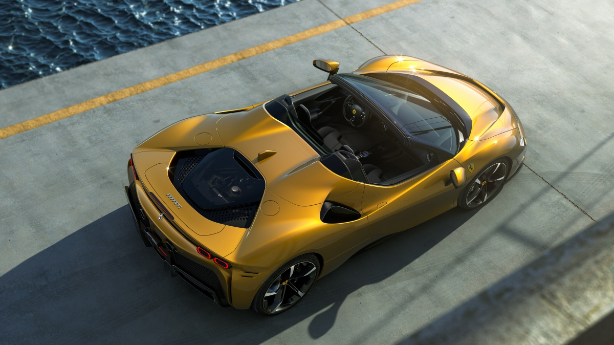 Ferrari reveals SF90Spider