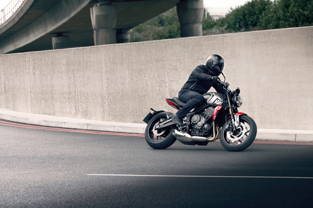 Triumph reveals new Trident660