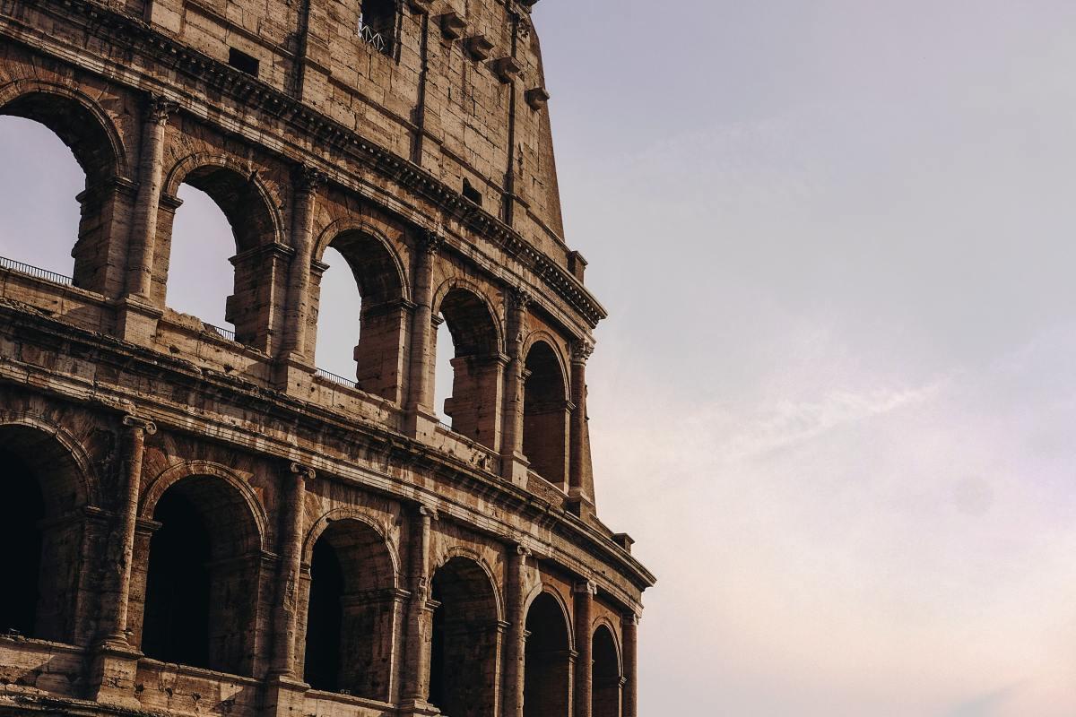 Rome to rebuild Colosseumfloor